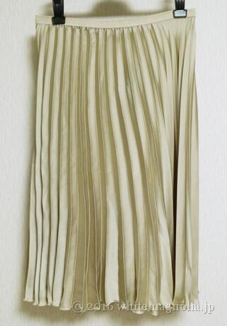ZARAのアコーディオンプリーツスカート