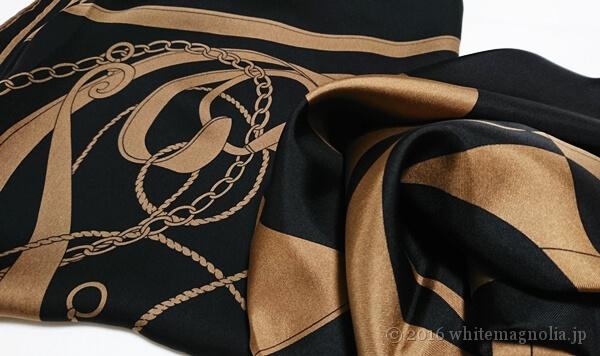 dinosシルクサテンシフォン ベルト柄スカーフとdinosオプティカルスカーフ