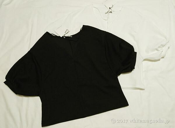 ZARAのバルーンスリーブTシャツ(ホワイトとブラック)
