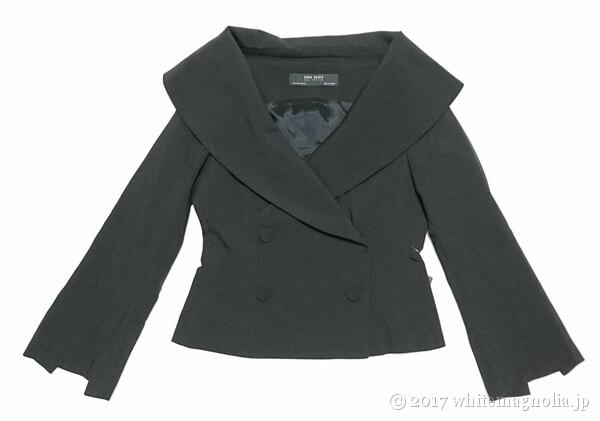 ZARAのダブルブレストVネックジャケット