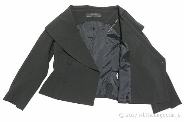 ZARAのダブルブレストVネックジャケット(内側・裏地)
