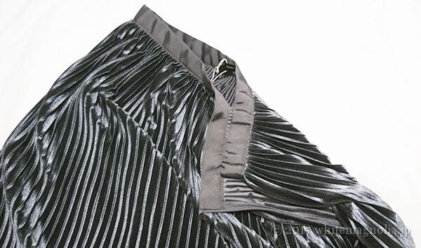 ZARAのベルベットプリーツスカート(2017秋・ウエスト周り)